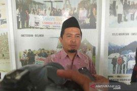 Agen travel umrah di Cirebon jadwal ulang keberangkatan jamaah
