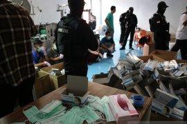 Pabrik masker ilegal digerebeg polisi Jakarta