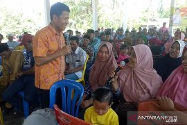 Kuburan saja dipagar, masak sekolah kami tidak berpagar, curhat kepala sekolah kepada Ketua DPRD Riau