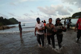 Perahu terbalik di Papua, lima orang meninggal