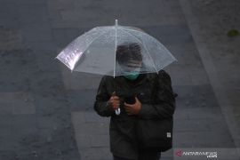 BMKG prediksi hujan intensitas ringan hingga sedang guyur Jakarta