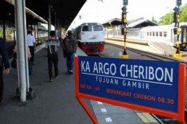 KAI operasikan KA Argo Cheribon selama bulan Desember