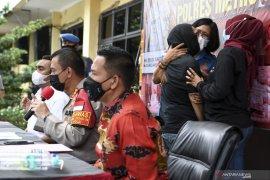 Polisi koordinasi dengan BNNP DKI terkait kemungkinan rehab artis IBS