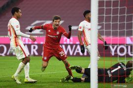 Pertemuan dua tim pemuncak klasemen Liga Jerman berakhir imbang 3-3