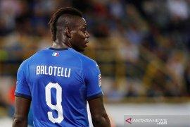 Balotelli dikontrak klub Serie B Monza