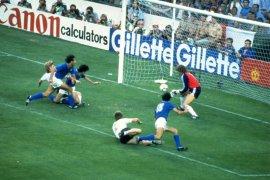 Paolo Rossi, pahlawan Italia di Piala Dunia 1982,  tutup usia