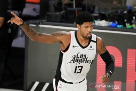 Clippers ikat Paul George dengan kontrak jangka panjang