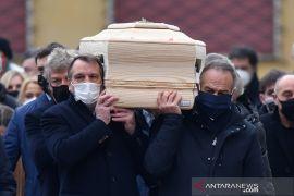 Pemakaman legenda timnas Italia Paolo Rossi