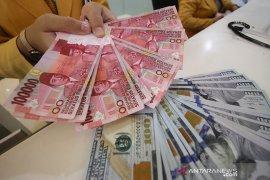 Dolar naik ditopang data ekonomi, tapi raih penurunan bulanan terbesar