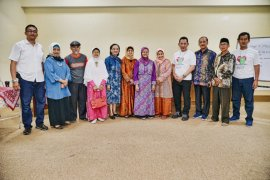 Komjen Listyo Sigit alumni yang peduli guru dan sekolahnya