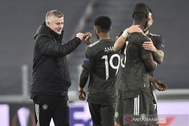 Manchester United utamakan cari striker baru
