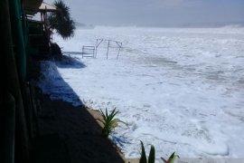 Nelayan Gunung Kidul diimbau tidak melaut karena cuaca buruk
