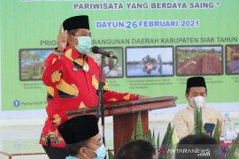 Bupati Siak: Tahun ini urus KTP selesai di kecamatan saja