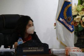 Dibuka Ibu Negara Iriana, Rita Tamuntuan ikuti Rakernas Dekranas