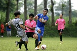 Tim pelatih Arema FC kantongi hasil evaluasi usai latihan bersama