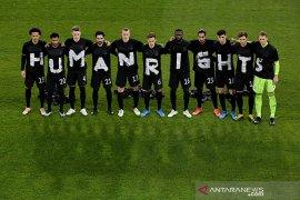 FIFA bahas masalah hak asasi manusia jelang Piala Dunia Qatar