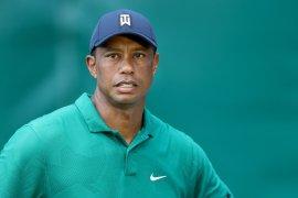 Pegolf  Tiger Woods pacu mobil 140 km per jam saat kecelakaan