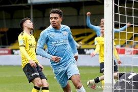 Donyell Malen bawa PSV amankan kembali posisi kedua
