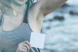 Alasan bau ketiak seperti bawang dan tips mengatasinya