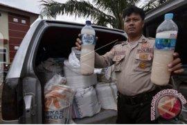 Polisi razia tempat penjualan minuman keras jelang Ramadhan