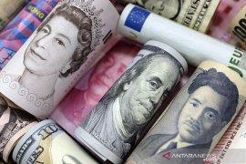 Dolar AS tergelincir usai data melemah dan kekhawatiran inflasi mereda