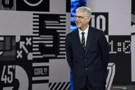 Arsene Wenger sebut PSG bermain dengan cara yang bodoh lawan City