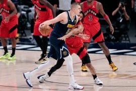 Nuggets catat empat kemenangan beruntun setelah tundukkan Raptors