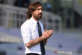 Pirlo ogah terpengaruh spekulasi masa depannya di Juve