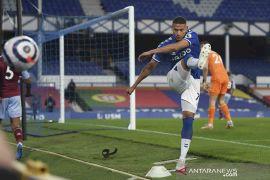 Everton keok dari tamunya Aston Villa 1-2
