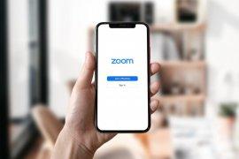 Alasan Anda terlihat lebih tua di Zoom