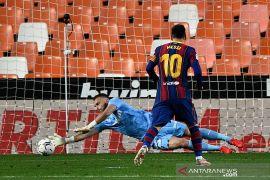 Liga Spanyol: Barcelona atasi Valencia 3-2