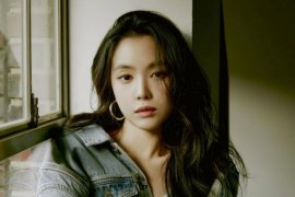 Naeun Apink resmi gabung ke agensi YG Entertaintment