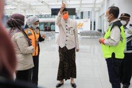 Penumpang positif COVID-19 lolos terbang dari Bandara A. Yani, Ganjar interogasi tiga petugas jaga