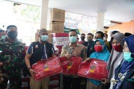 Plt Gubernur Sulsel bantu korban kebakaran di Bontoala Makassar