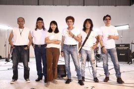"""Jelang Lebaran, God Bless rilis video klip """"Mulai Hari Ini"""""""
