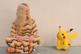"""Pikachu tampil sebagai sahabat Katy Perry dalam video kilp """"Electric"""""""