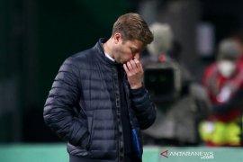 Sepekan jelang musim berakhir, Bremen pecat pelatihnya