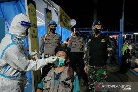 Diskes Lantamal VI melaksanakan swab antigen di  Pulau Sulawesi