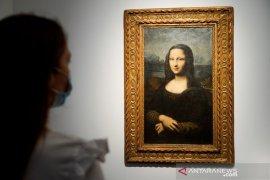 Lukisan tiruan Mona Lisa terjual Rp49,8 miliar dalam lelang di Paris