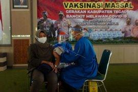 Vaksinasi massal keluarga besar Polri