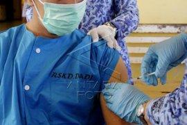 Vaksinasi COVID-19 bagi ODGJ di RSKD Dadi Makassar