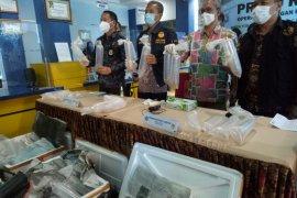 Tim gabungan gagalkan penyelundupan benih lobster senilai Rp33,8 miliar di Palembang