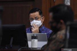 Advokat Hotma Sitompul bantah terima Rp3 miliar terkait kasus Juliari