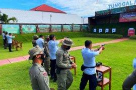 104 petugas pengaman lapas/rutan di Sulsel ikut pelatihan menembak