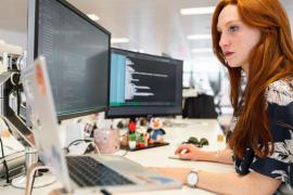 Penggunaan software akuntansi online bagi keuangan perusahaan