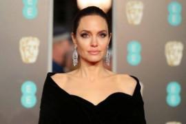 Angelina Jolie dapat kemenangan besar atas perceraian dengan Brad Pitt