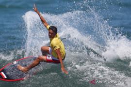 Peselancar Rio Waida terhenti di babak 16 besar Olimpiade Tokyo