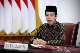 Presiden Jokowi umumkan PPKM level 4 dilanjutkan sampai 9 Agustus 2021