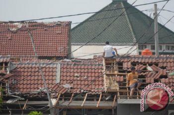 Angin kencang robohkan rumah penduduk Sabu Raijua