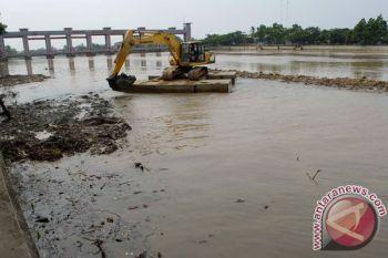 Pemkab Tangerang normalisasi Sungai Cisadane antisipasi banjir